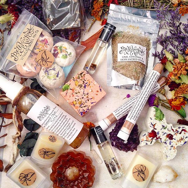 ✨#Etsy update live✨ Lots of new holistic and #crystalinfused delights for your mind, body and spirit! BethKaya/Etsy - Link in Bio ! Since tomorrow is my birthday here is a 10% off coupon purchases $20 or more (not valid for private sales) Use Code : VIRGOLOVE2015  I hope you have a rockin Friday and weekend!! Regular Auction Tomorrow Am (10:30am) and still a little bit of time to enter my #bethkaya15k Mega parcel giveaway, look that hashtag up for the graphic to share to enter! Sending you all #energy love, #heady vibes and massive amounts of #bliss.  #skincare #bathbombs #soap #etsyartist #essentialoils #energyart #crystalhealing #lotion #fragrance #tonic #sacredsensory