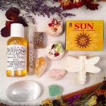 ✨Good Saturday Morning to You!✨ Here is your regular Saturday #auction. These auctions are a way to get an intentionally bundled set of goodies from #BethKaya for less and with some sport! 🌊Today's bundle focuses on regeneration 🌞and restoration🌙. Scents and Healing properties to restore #energy, #vitality, aide recovery and calm while brightening the #spirit. 🌌  This bundle includes: 🍂1 - Lavender & Sweet Orange 100% Natural Castile Soap Buggy with a Tibetan Quartz in the Center 🍂1 - Box of Sun Cone #Incense (Soapy, Round and Warm Tones) 2 - Mini #BathBombs, Perfect for hand, face or foot soaking - Red is Patchouli & Sweet Orange and the White is #Lavender Sweet Orange - Both with Hops, Guayusa and Shea Butter (all natural as well) 🍂2 - Raw #Crystal Chunks - Menthol #Calcite and Rose #Quartz 🍂1 - Large citrine point 🍂1 - Rectangle #Orgone Talisman with Tibet Quartz and Gold 🍂1 - #Selenite Palm Stone 🍂1 - 2.7oz Bottle of Freshly Made all natural Vetiver scented Liquid Castile soap (I was my hair with this blend sometimes!) with Tibetan Quartz point inside 🍂1 - .8ml sprayer of #Surfside non toxic handmade #perfume spray - unisex Beachy tones 🌾This beautiful #parcel retails for around $85 and bidding opens at ✨$22✨ and goes in whole dollar increments. Winner pays $6 shipping and handling USA and rated by Zipcode for international winners. 🌅 🍄To Bid🌾 ️Comment with Your Bid ️Tag Who You Are Outbidding  Bidding Closes Sunday 9pm EST ✨ #goodluck #bethkayaauctions  Enjoy today as we slip into change! 🌟