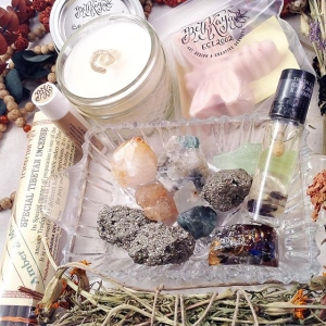 ✨And for your second auction - here is the big bundle! ?This bundle is paired with intentional items for confidence, breaking through barriers, determination, positive surroundings, and hurdle busting abilities. This bundle has a lot to offer and contains the following:  1 4OZ 100%# Hempwick Soy Candle with an Intentional Stone At the Bottom - Dragons Blood Scented  1 Lip Balm Tube - Peppermint & Tea Tree - This product makes your lips tingly!  1 Large Pack of Tibetan Style Incense - AMBER MUSK  1 #Champa Bliss Buggy Milk Signature Tibetan Quartz Point Infused Soap  1 Signature Gem and Botanical Roll On Fragrance TRUTH - Vetiver base with Iolite and #Jasmine  1 #Orgone Rectangle with Garnet, Wrapped Tibetan Quartz, Gold Foil,#Lapis and More 3 Raw Pyrites 2 Raw Emeralds In Matrix  1 Menthol Calcite  1 Large #Citrine Point  1 Raw Topaz  and heck - The Crystal Dish Pictured Too! ?All of these items retail together for about $150. Bidding Opens today on this big bundle at $28 and goes in whole dollar increments. ✨ To Bid:  Comment with Your Bid Tag Who You Are Outbidding ?Winner Pays 6.00 Priority Shipping USA (Insured and Tracked) and freight is rated by weight and zipcode for international winners. All serious bidders welcome! Ends Tomorrow, Sunday 9pm est. Good Luck! *Thank you for helping me keep this Saturday auction going for almost 2 years straight now - ?Incredible* Thank you! XOBK  #GoodLuck #Auction #Parcel #Crystals #BethKayaAuctions