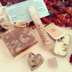 ✨This is a special little bundle I put together with two of my best selling soaps (Sacred Tulsi and Himalayan Salt #FaithfulGrace) fused as one amazing soap, a Crystal infused lip and body balm scented with Lavender and Sweet Orange, A Heart Shaped Orgone with Mixed Gems and a Handmade Spray Perfume in my scent #EDEN - Pear, Vanilla and light musk, and finally a fluorite Tetra ! This set I'll be giving away in a loop beginning tonight at 9pm Est! ✨Stay tuned! ✨???#intention #collab #crystalhealing