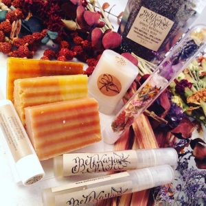 ✨ Fun gift sets with all your favorite signature #BethKaya products at great bundles prices live in my etsy shop!✨ More to come!! #intention #crystalinfused #holistic #nagchampa #coffeescrub #lotion #bodyspray #soap #crystals #lotionbar #faithfulgrace #energyvial #bybethkaya #etsy