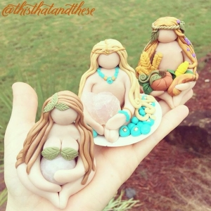 Omgoodness look at these crystal keeper goddesses by my girl @thisthatandthese ??? I love having mine on my workspace. It really fosters magical thoughts!! So cute and what I love about clay work is that each piece is coming to life with the hands. It's a block of clay that's molded into magic! So fun! Who is a #goddess to you? Tag them!!! Tagging : @sofa_ghost @zuelanchic @miatessamia @arigoldduh @jayglovely @bigcici @emmyeffdesigns @mal_wingostarrjewelry @seedessentials @faerieblessings @hopieannc @honestowlherbal @reneepiatt @autumnsunoriginals ❤️??✨ goddesses!! Could tag people all day!!
